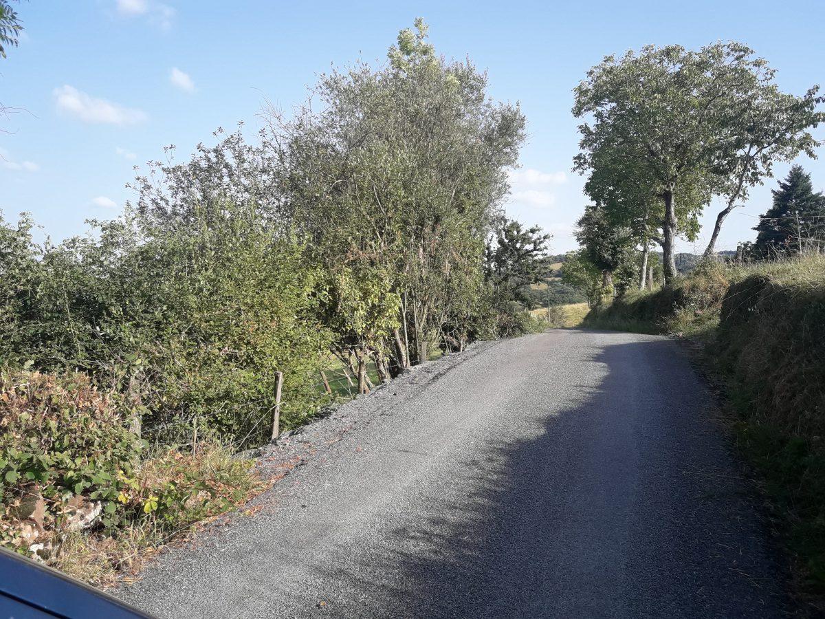 Reprofilage et réalisation d'un espace de contournement sur la route de Cabantous